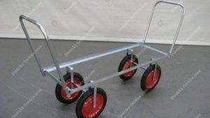 Oogst- en transportwagens op luchtbanden | Steenks Service